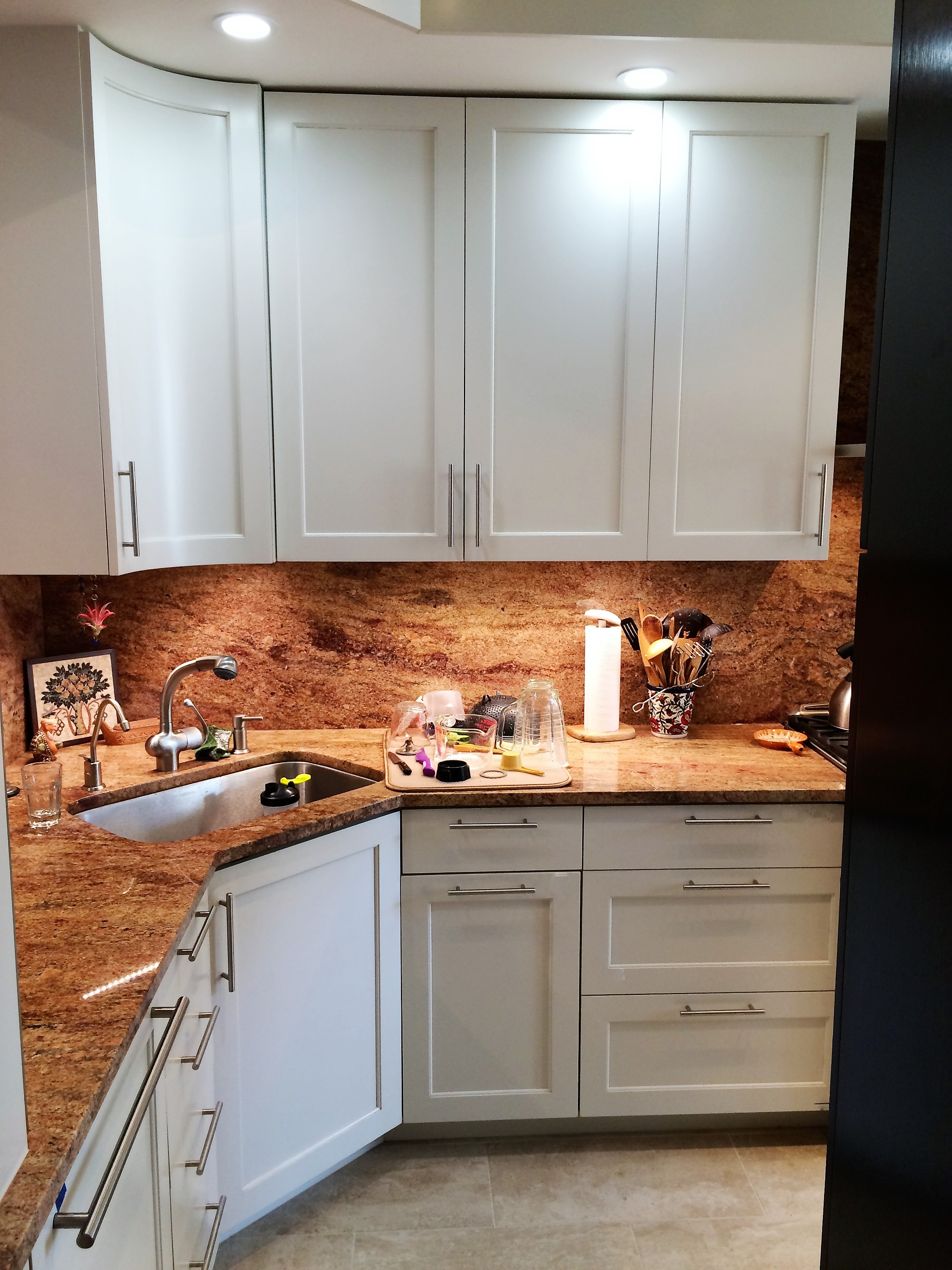 Custom Kitchen Cabinets – James Evans